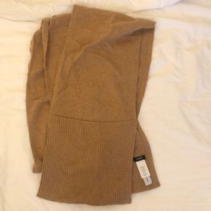 Jcrew scarf with pockets at end with 15% cashmere